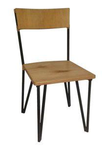 rustica cadeira de madeira